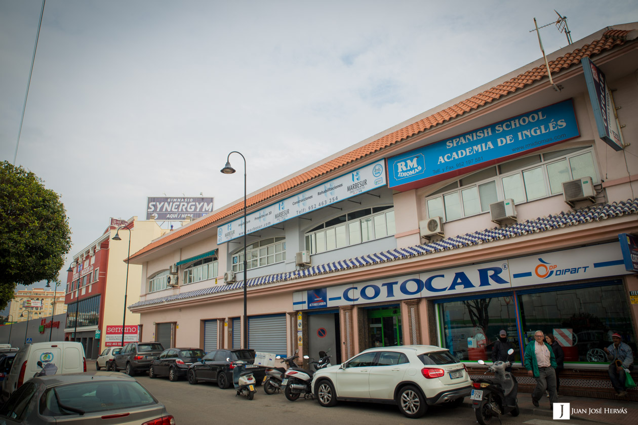 Contacta con nosotros oficinas en granada y m laga marbesur for Oficinas de correos en malaga